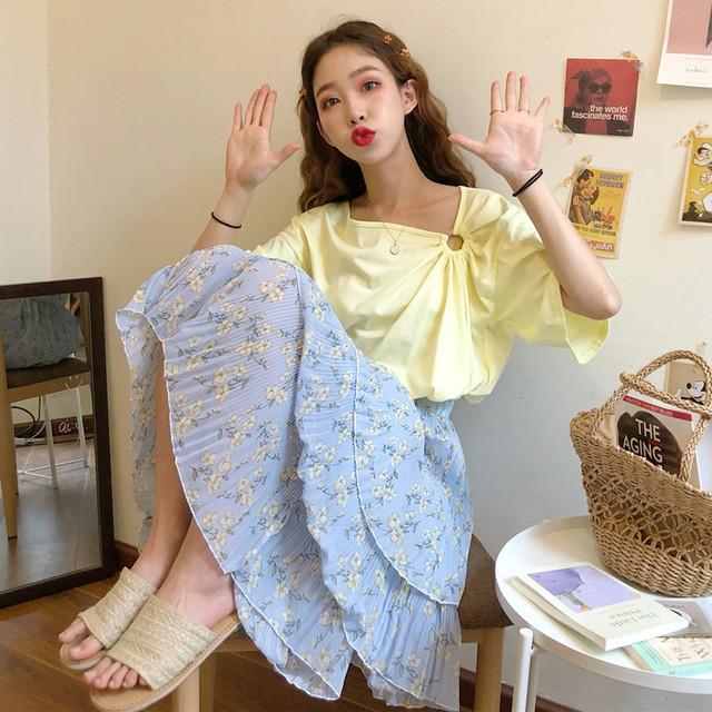 森ガール風 半袖Tシャツ+花柄スカート