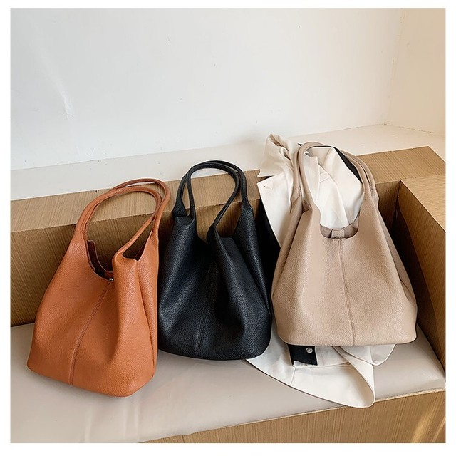 Shoulder bag KRE570