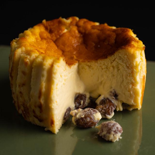 ラムレーズンのバスクチーズケーキ9cm