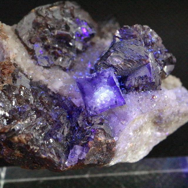 テネシー産 フローライト 蛍石 スファレライト ドロマイト原石 132,5g  FL149 鉱物 天然石 パワーストーン
