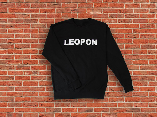 LEOPON logo sweat white