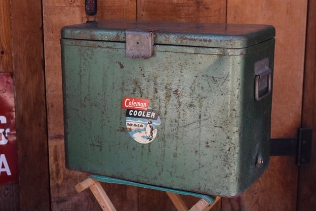 USED 40s-50s Coleman 632 Cooler 01011