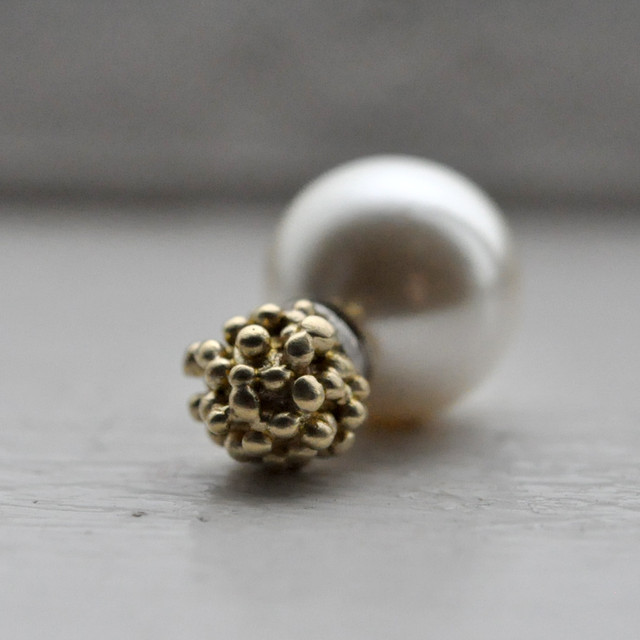 indigo-silver WORKS - brass grain fake pearl magnet pierce -