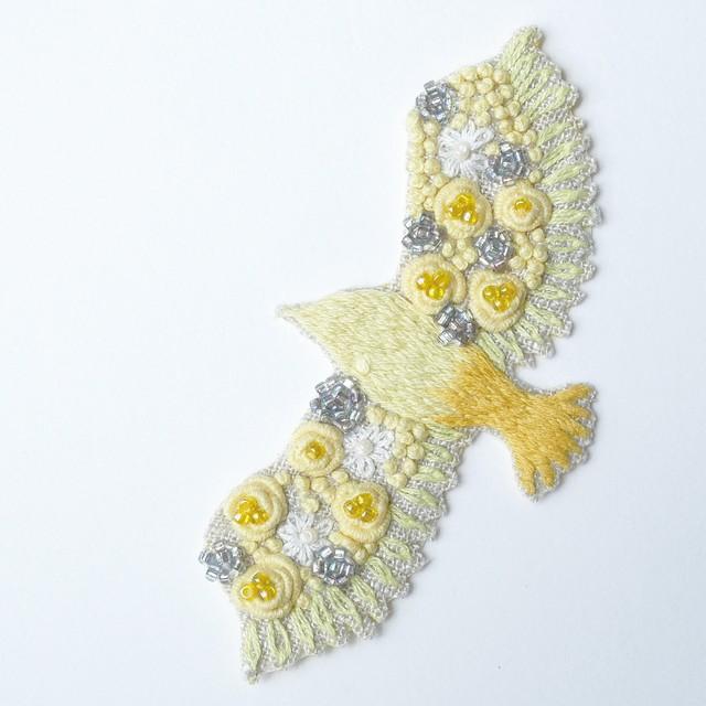 手刺繍シール ししゅール「ヤモリBK」刺繍ステッカー スマホアクセサリー 花刺繍 ワッペン