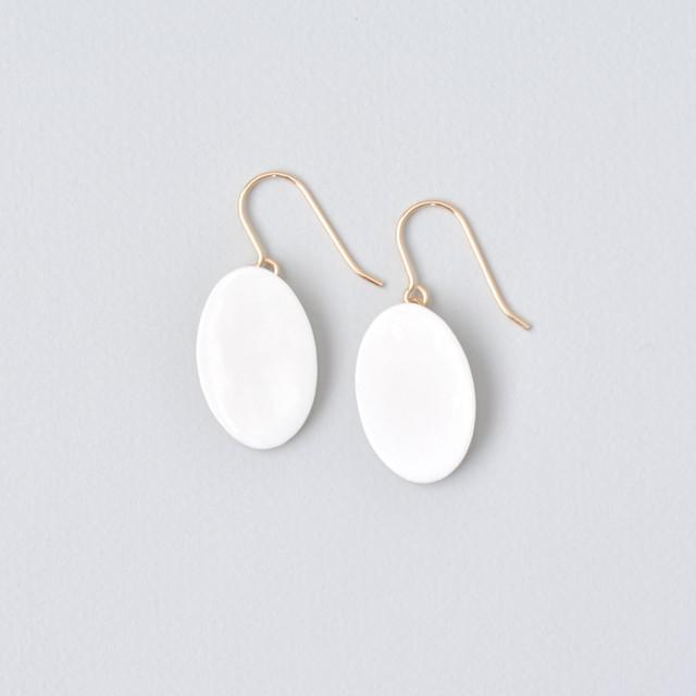 白磁金彩ピアス- ドロッププレート・ブライトゴールド