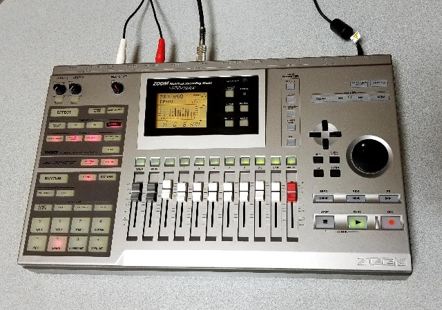 ZOOM Digital Recording Studio MRS-1044 録音・編集良好・完動品