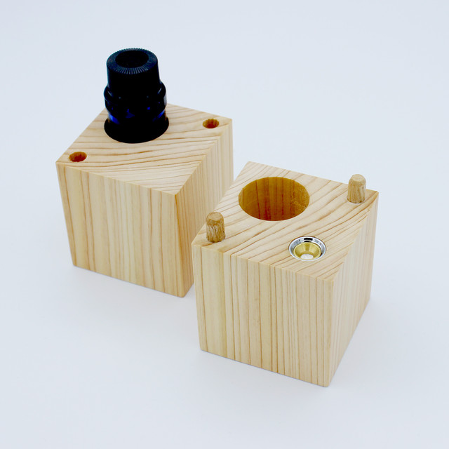 【奥伊勢産】木製アロマケース(芳香機能つき)&オリジナルブレンド精油のセット