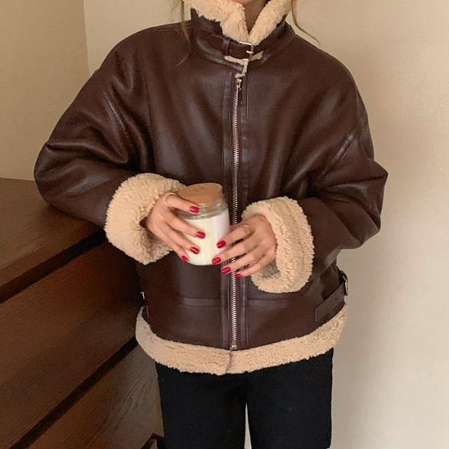フェイクレザー ジャケット ジップアップ ショート丈 裏ボア 防寒 あたたか ルーズ カジュアル メンズライク オシャレ 人気 秋 冬 TP1902