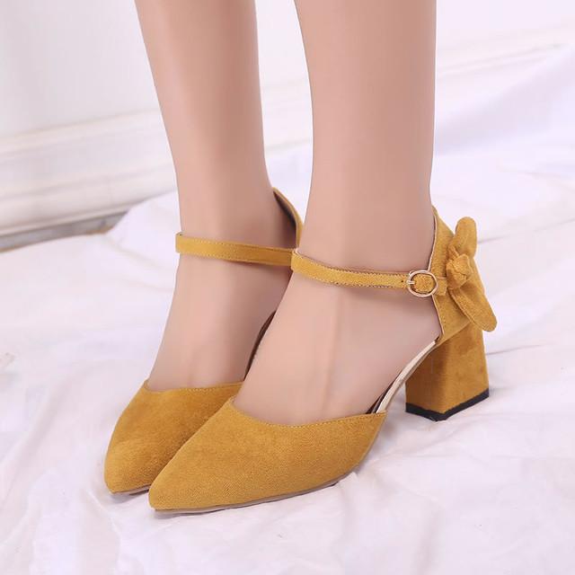 【shoes】可愛い尖った先ローヒールサンダル