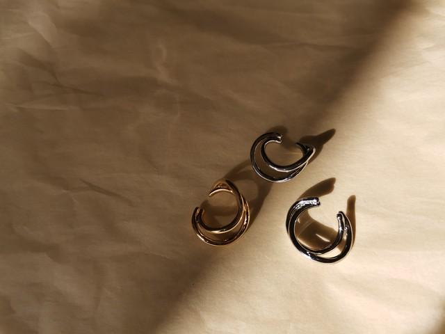 simple earcuffs