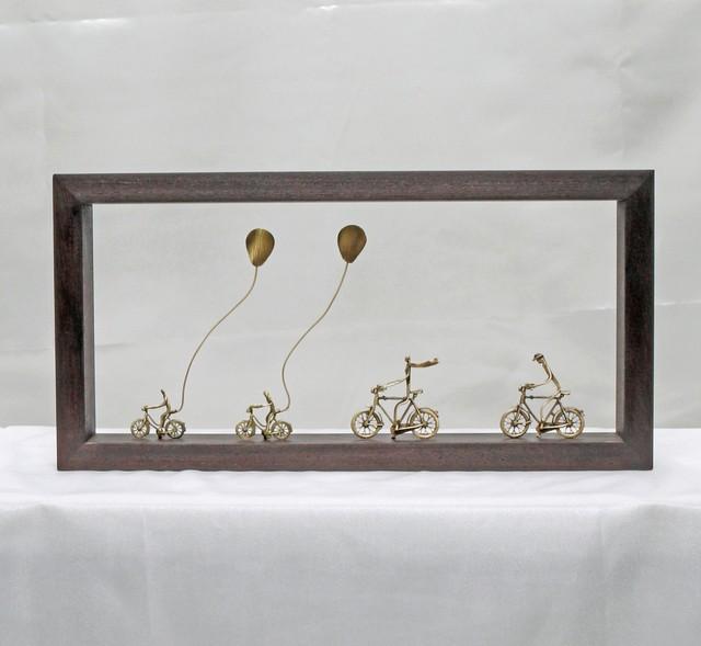 ウッド&フレーム(W14) 「家族と自転車と風船」 20X40X4 cm