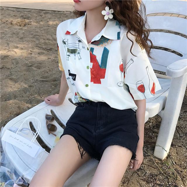 レトロ風アートシャツ