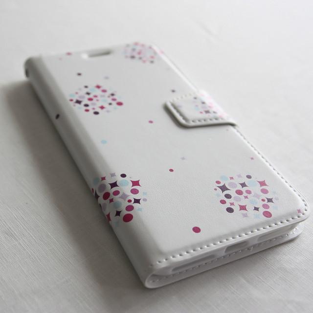 日々の暮らしに寄り添う 〔amane cu スマートフォンケース(手帳タイプ)〕 kusudama 【胡粉色】 - iPhone 7Plus / 8Plus