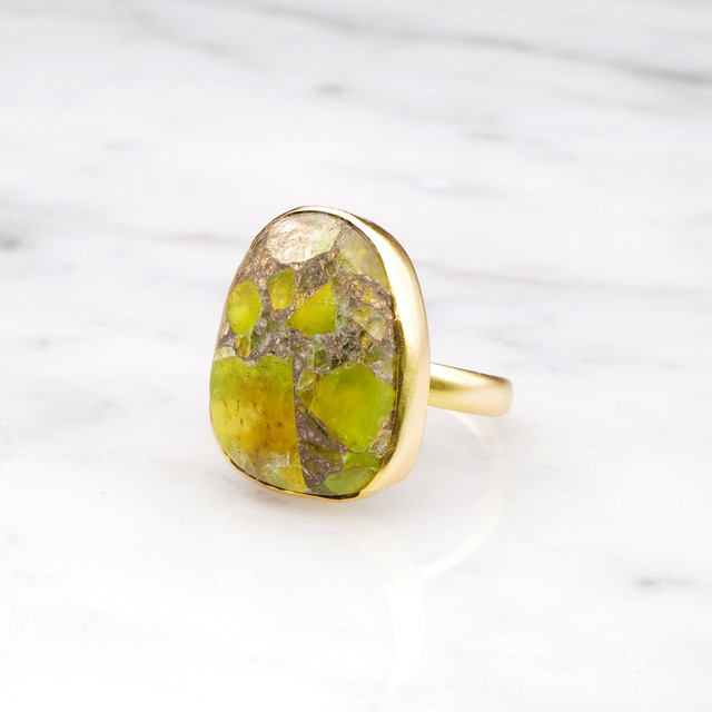 SINGLE BIG STONE RING GOLD 117