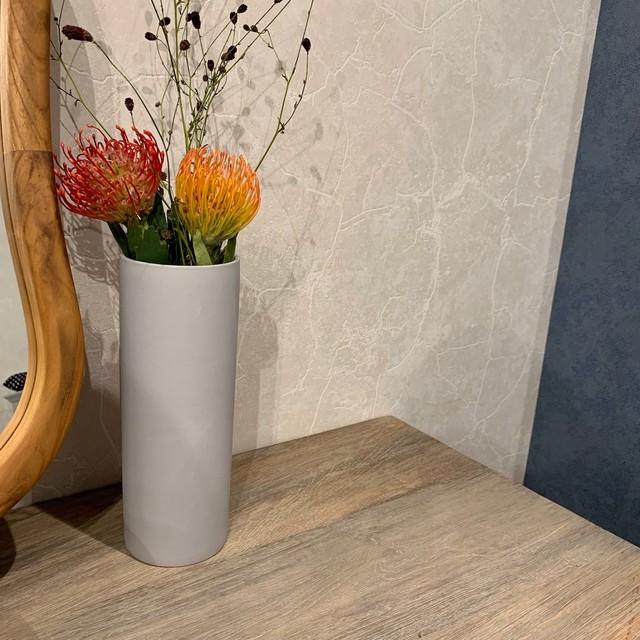花瓶 / gray