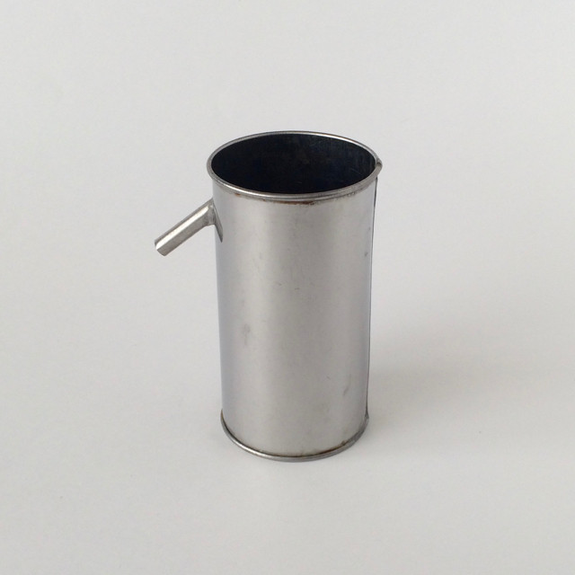 実験用のステンレスカップ|Experimental Stainless Steel Cup