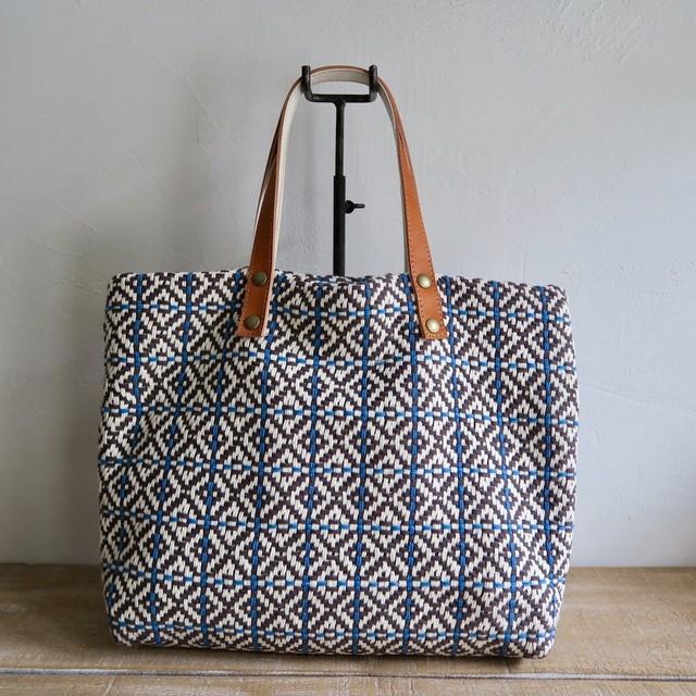 手織りのコットントートバッグ