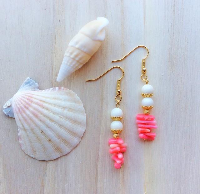 【送料無料】for beachgirls  天然石 シェル  ピンクサンゴのヘルシービーチピアス