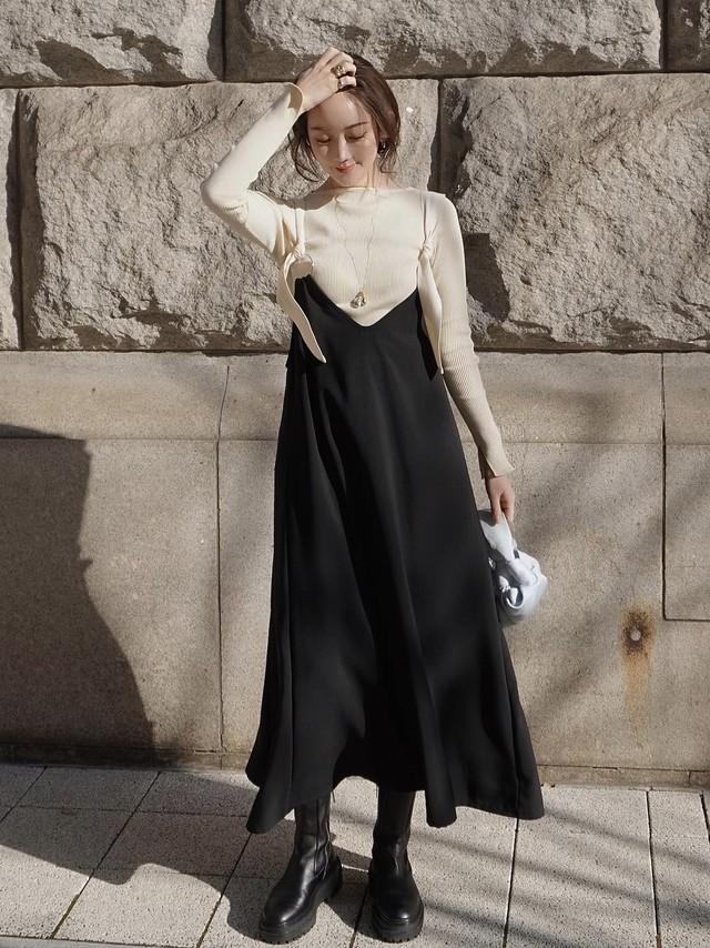【予約】circle ring jumper skirt / black (2月上旬発送予定)