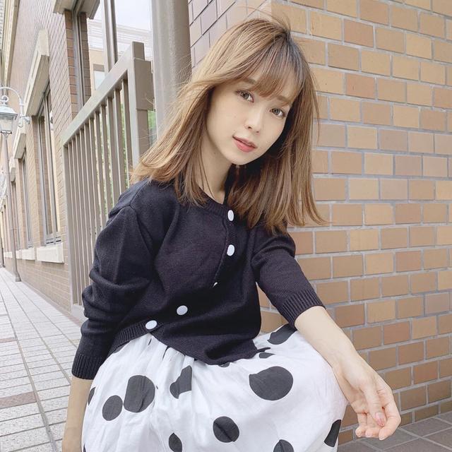 『みーやん着用モデル』シックな水玉スカート+カーディガン
