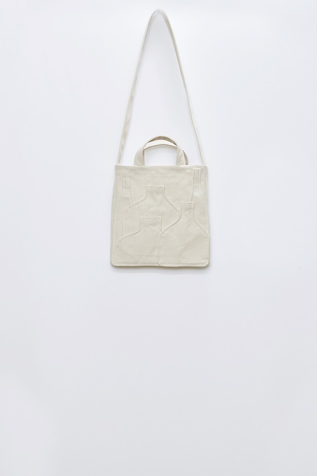 M A S U / VASE BAG (ECRU)