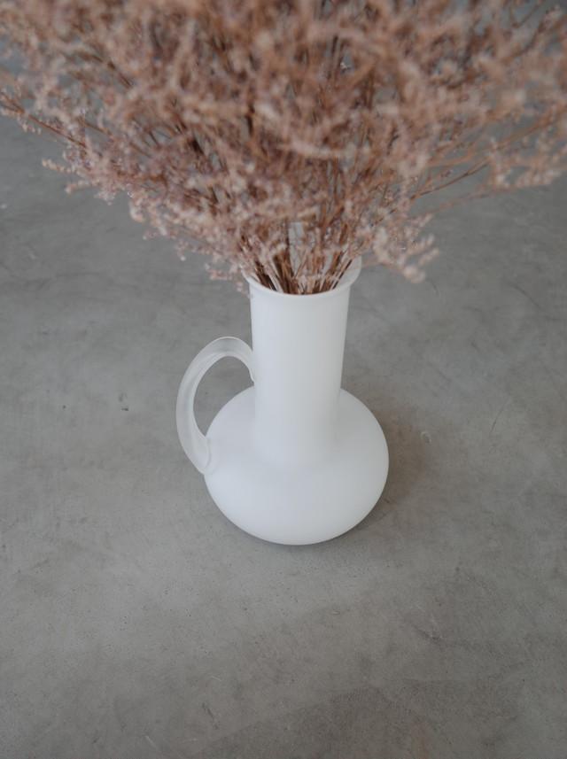 Used flower vase ( white )
