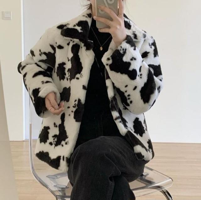 【最短2日で発送】Cow pattern fur coat LD0184