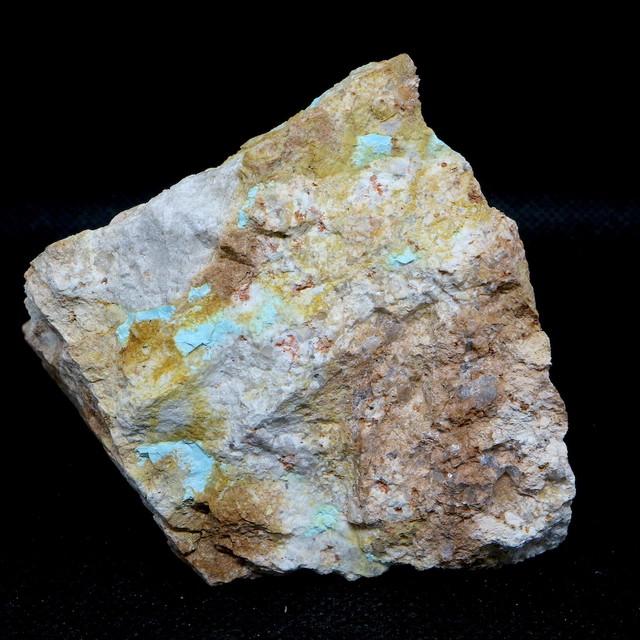 カリフォルニア産!ターコイズ トルコ石 194g TQ169 原石 鉱物 天然石 パワーストーン