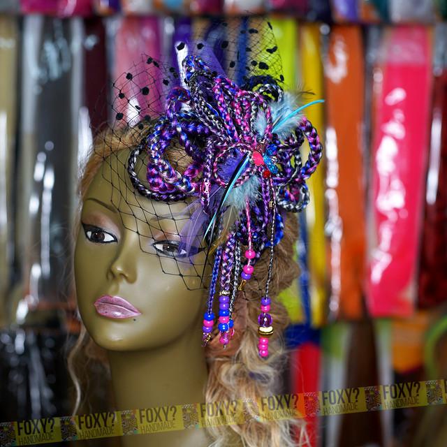 【ブレイズ コサージュ/ヘッドドレス PURPLE】 1点もの ハンドメイド / 髪飾り ヘッドドレス 紫 ピンクエクステ