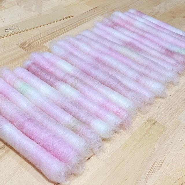 手紡ぎ毛糸用ブレンド羊毛 バッツ紫 OGY22)