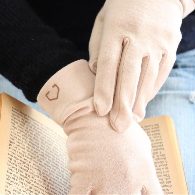 佩×ケノコト【手袋】白玉/ウール100%/手が細くキレイに見える