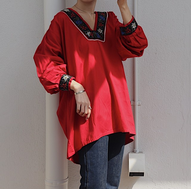 Tyrolean blouse (red)