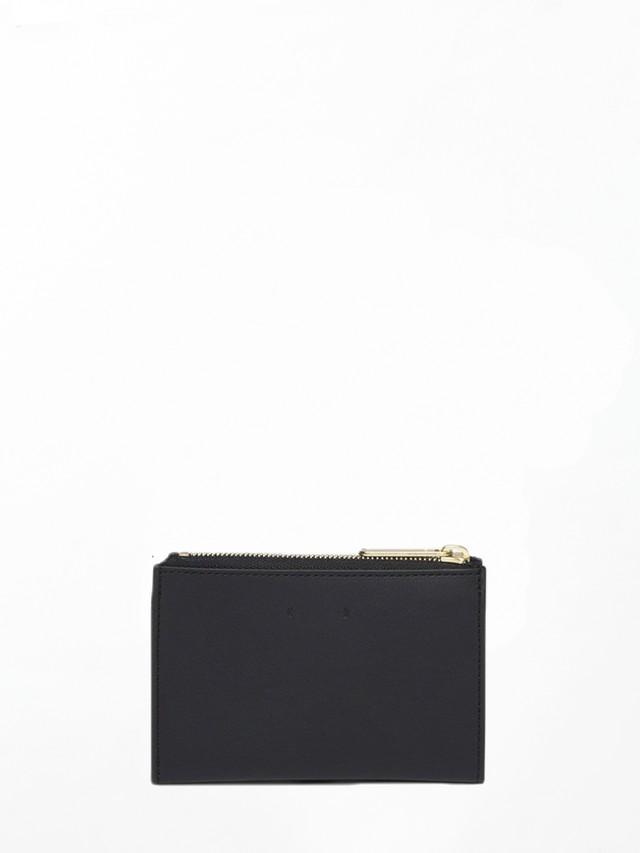 PB0110 CM16 Black