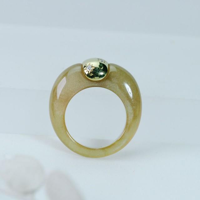 レジン&ゴールドのファッションリング K18+ダイヤモンド