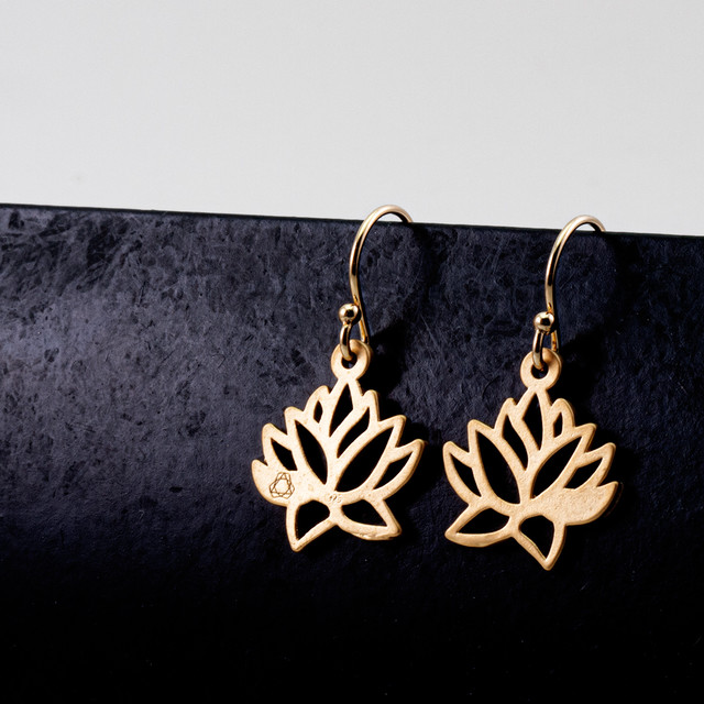 Lotus earrings / S
