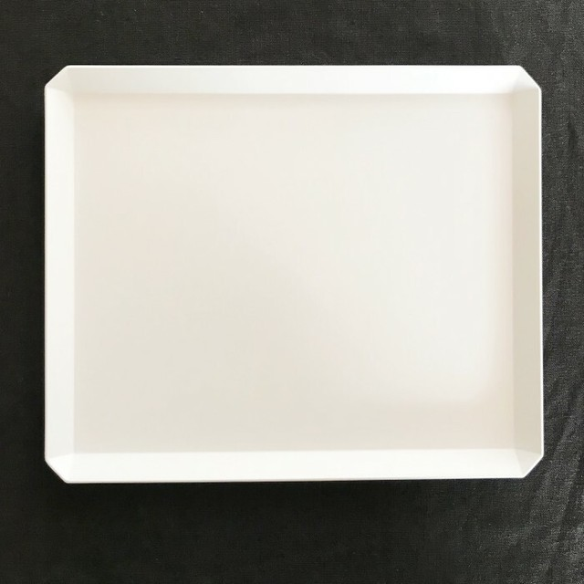 1616/TY 270 Square Plate