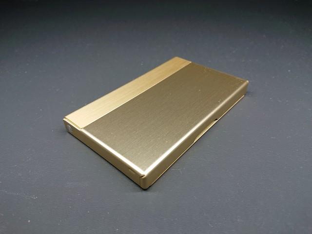 アルミニウム製名刺カードケース ライトブルー色