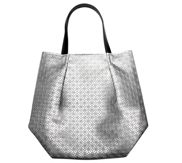 COMMON tote Bag / SILVER WHITE