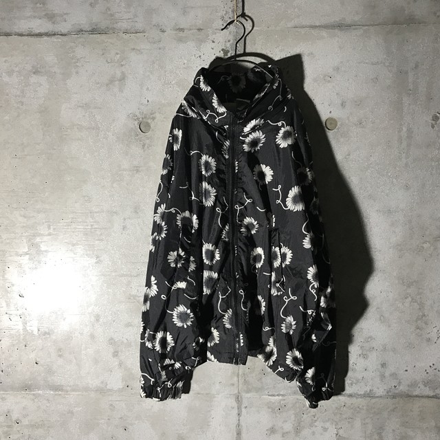 [used] fluff designed nylon jacket