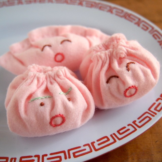 【emiumigumi】桃餃子くんと桃小籠包ちゃん