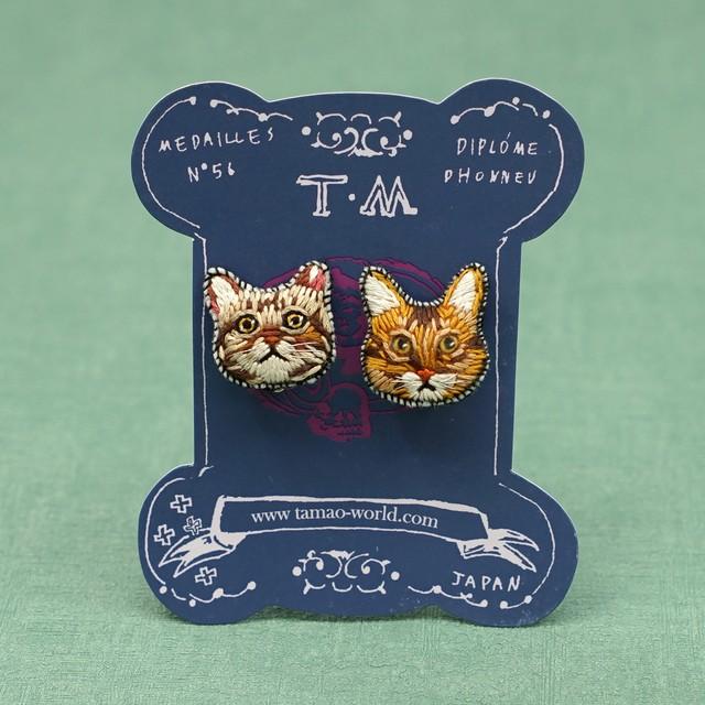 刺繍ピアス/刺繍イヤリング Circus(cat&bear)