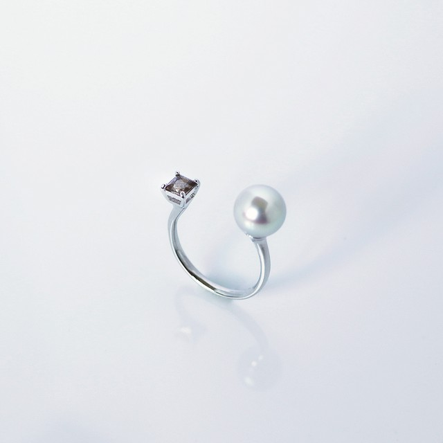 ELEMENTS / Ring (Grey)