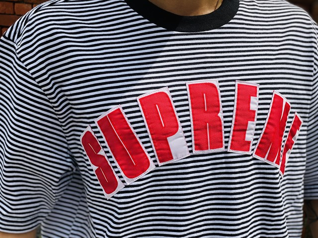 Supreme 20SS ARC APPLIQUE S/S TOP WHITE STRIPE MEDIUM 55JG7308