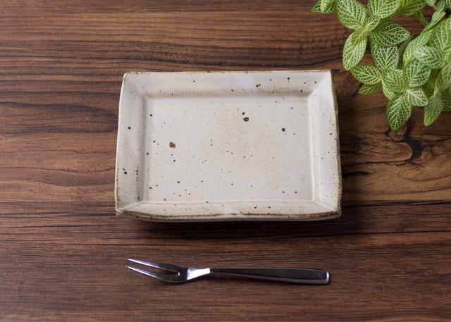 粉引 角小皿 2/くるり窯