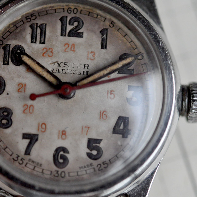 """40s OYSTER """"RALEIGH"""" by ROLEX Canadian military model"""