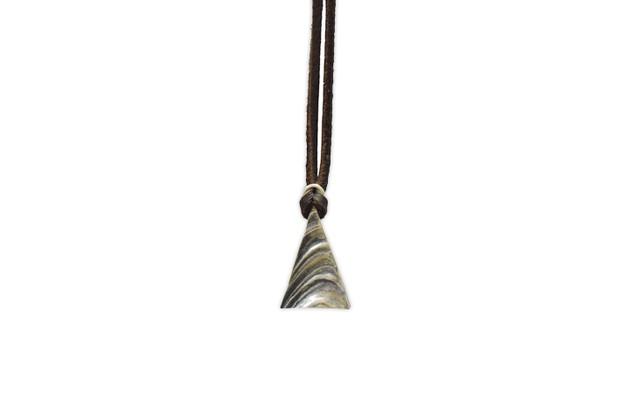 Natural triangle Pendant <Silver>