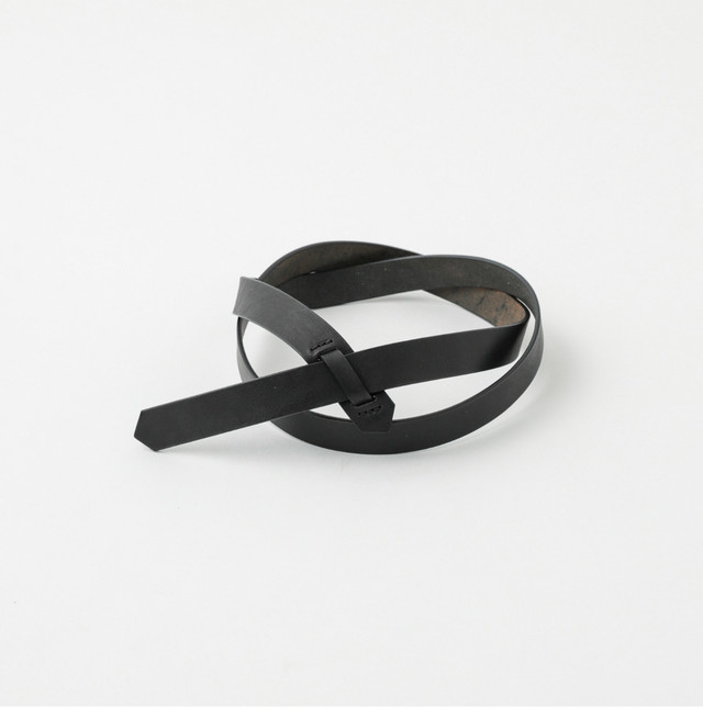 Phlannèl / Buckleless Leather Belt