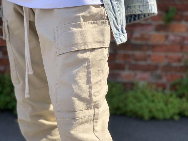 FOG COLLECTION TWO DRAWSTRING CARGO PANTS BEIGE LARGE 40JD5890