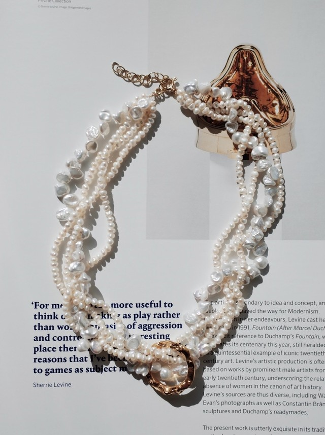 【 HERMINA ATHENS 】FULL MOON TANGLED PEARL NECKLACE