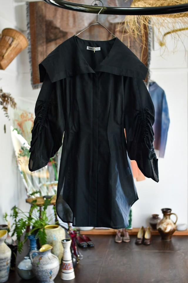 AKIKOAOKI Sailor zip blouse black
